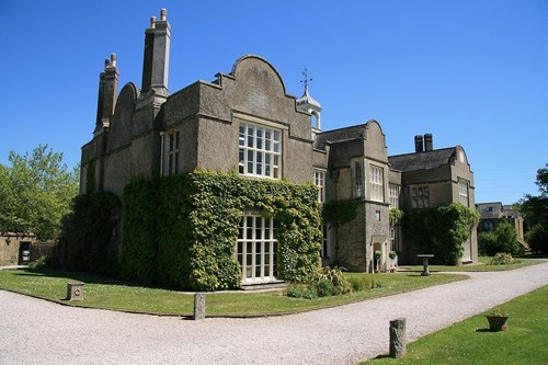 Old forde house building